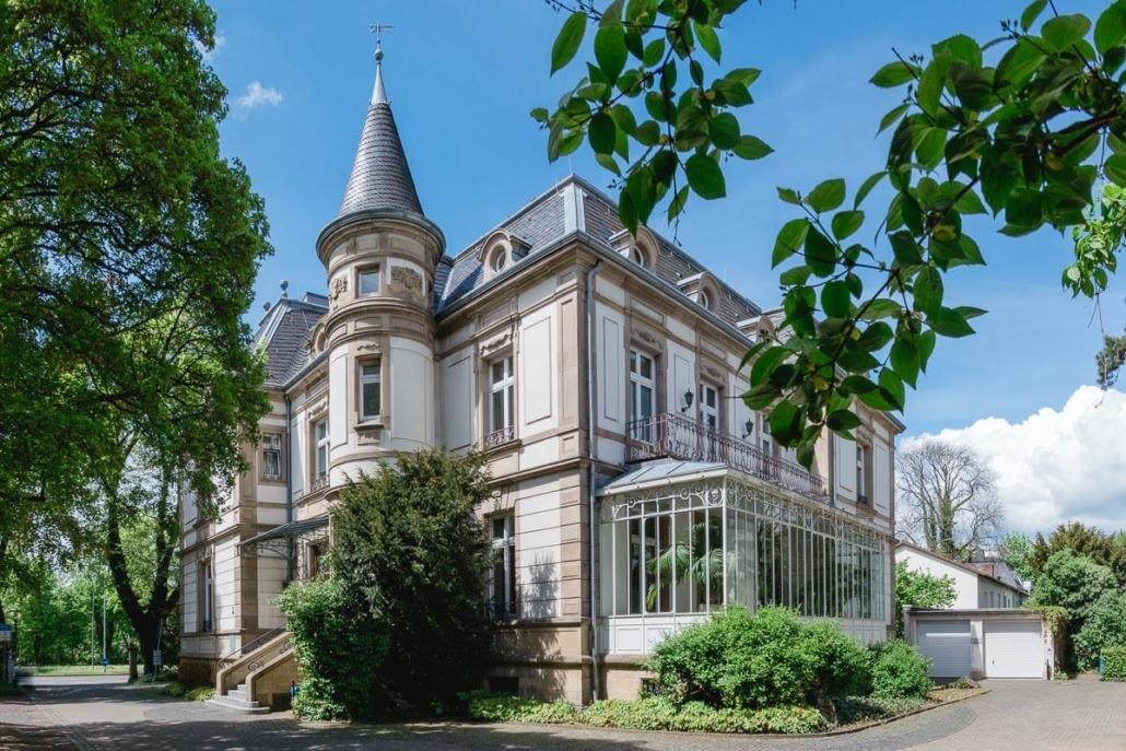 Villa Leutert mit dem Standesamt in Gießen