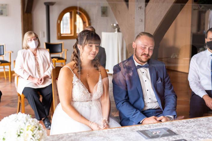 Traotz Maskenpflicht, standesamtliche Hochzeit in Kirchhain